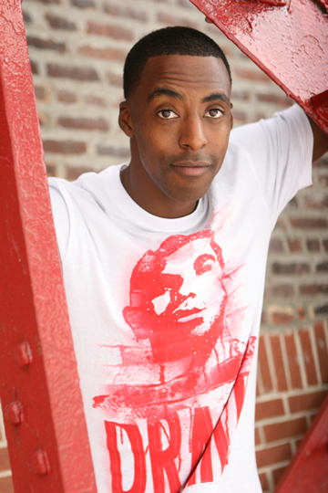 Marcus Jonson click to learn more about this entertainer